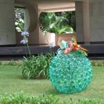 Enfeites de materiais recicláveis. (Foto: Divulgação)