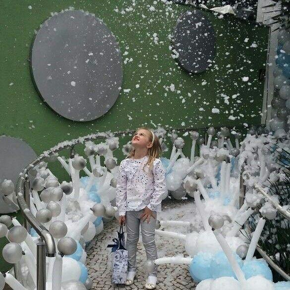 A neve artificial encanta a todos (Foto: Divulgação)