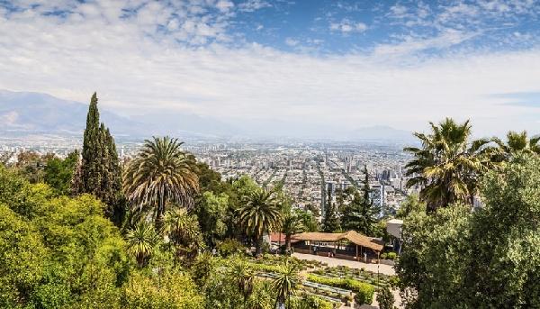 Localizado no Parque metropolitano, o Cerro San Cristóbal possui uma das melhores vistas da cidade (Foto: CVC)