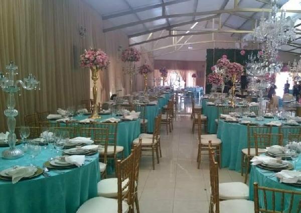 A toalha da mesa para festa deve ser escolhida de acordo com a decoração (Foto: Divulgação)