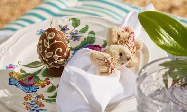 A decoração faz a diferença na hora de servir a ceia de Páscoa (Foto: PixaBay)