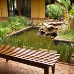 Jardins podem ser  feitos com pequenas fontes de água corrente (foto: divulgação)