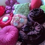 Aprenda como usar almofadas na decoração