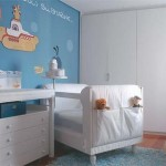 Um armário mais alto pode ser reaproveitado quando seu filho crescer. (Foto: Divulgação)