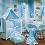 A cor azul é combinação perfeita para um quarto de bebê masculino. (Foto: Divulgação)