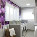 Deixe a sua lavanderia mais alegre com papel de parede floral