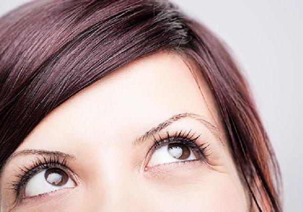 As olheiras escuras tem solução (Foto: Divulgação MdeMulher)