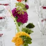 Rosas no centro das mesas