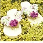 Chinelos decorados fazem do seu look verão simples um look feminino e charmoso (Foto: Divulgação)