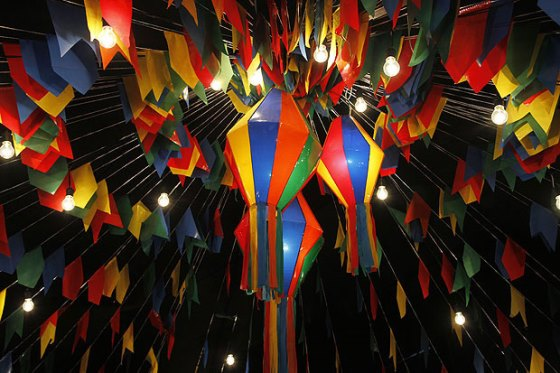 A decoração das quermesses deixam a festa ainda mais bonita e divertida (Foto: Divulgação)