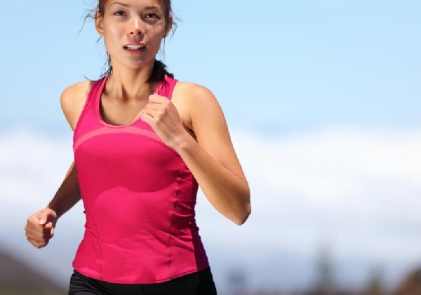 A prática de atividades físicas é fundamental no combate a celulite (Foto Divulgação: MdeMulher)