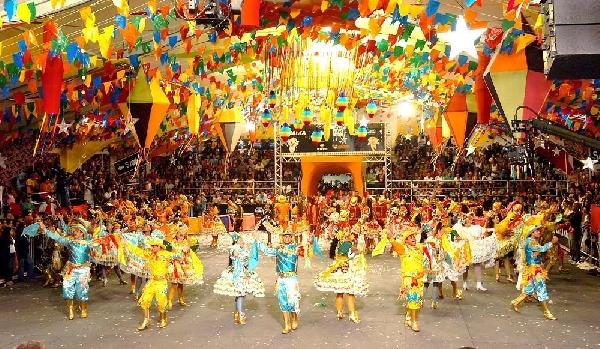 A festa de Penedo é maravilhosa e tem inúmeras atrações (Foto: Divulgação)