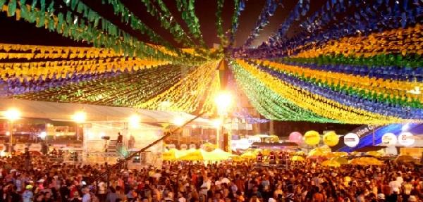 A Festa Junina atrai milhares de pessoas (Foto: Divulgação)