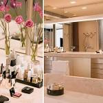 banheiro minimalista com flores na decoração