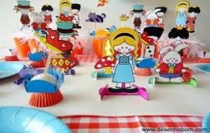 Decoração de Aniversário Alice no País das Maravilhas