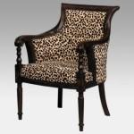 usando-estampa-de-onca-armchair