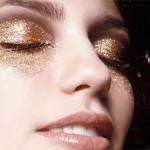Maquiagem metalizada veio para arrasar, veja dicas e produtos