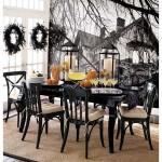 Móveis pretos e uma decoração mais clean também podem fazer parte de sua decoração de Halloween. (Foto: Divulgação)