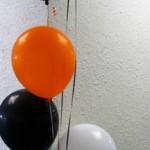 Os balões são alternativas baratas para enfeitar a sua festa de Halloween. (Foto: Divulgação)