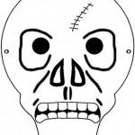 Ao pintar a sua máscara de Halloween a criança pode explorar toda a sua criatividade. (Foto: Divulgação)