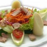 Faça uma salada light para o verão