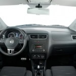 Volkswagen-Space-Cross-2012-interior