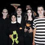 Além do casal fantasiado para Halloween a família toda pode se caracterizar e fazer a festa juntos. (Foto: Divulgação)