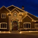 As luzes maiores dão destaque nesta decoração externa. (Foto: Divulgação)
