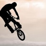 Acrobacias em bicicletas