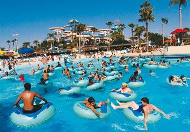 Melhores parques aquáticos para se divertir pelo Brasil