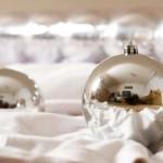 O prata e o branco da decoração clean de natal