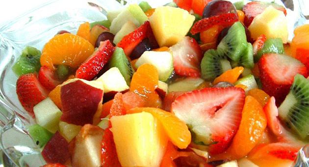 333327-salada-de-frutas