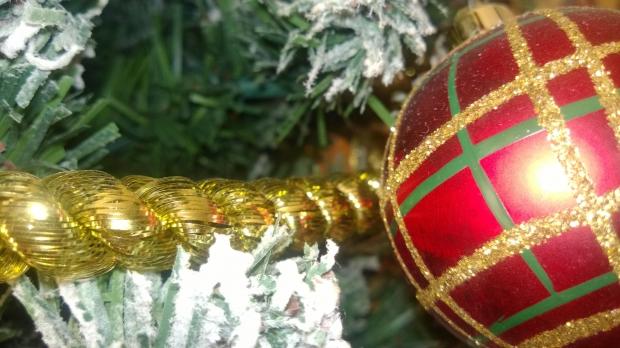 Pensei também em elementos dourados para colocar na decoração (Foto: Divulgação)