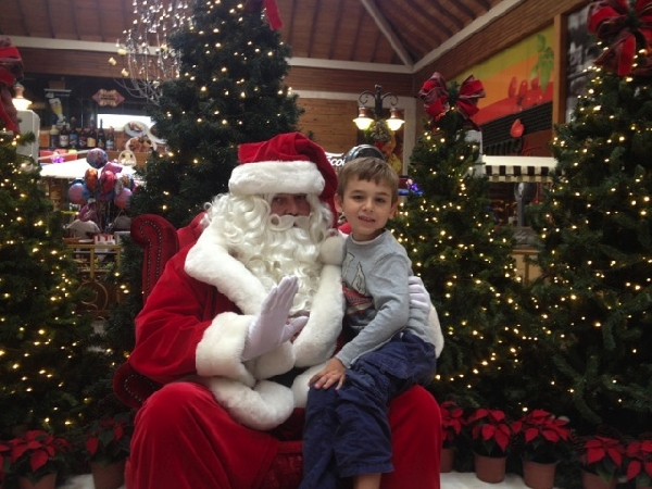 Papai Noel no shopping uma excelente atração de Natal (Foto: Divulgação)