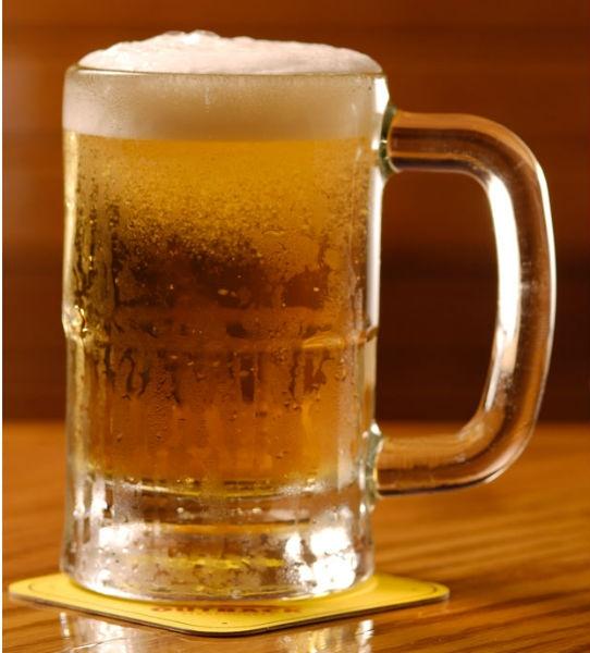 Saiba como escolher a taça para cada tipo de bebida Caneca para Chopp e cerveja