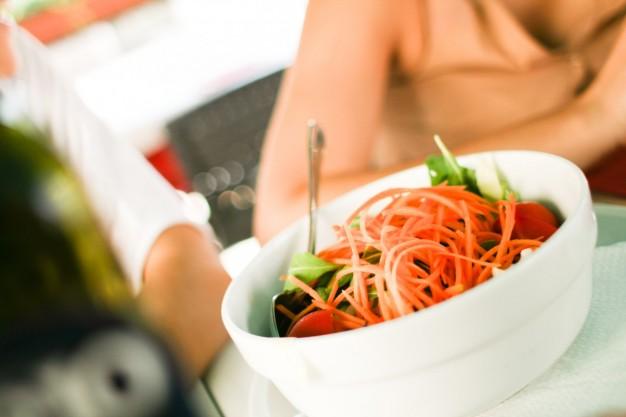 Salada quase sempre agrada todo mundo (Foto: Divulgação)