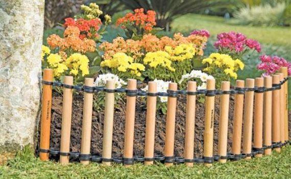 Cerca de madeira para canteiro de flores