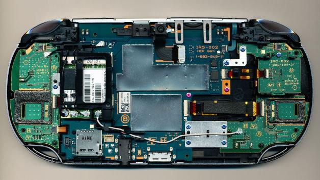 Interior do portátil Playstation Vita (Foto: Reprodução)