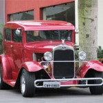 Carro em modelo antigo (Foto:Divulgação)