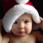 Bebê com chapéu de papai Noel (Foto:Divulgação)