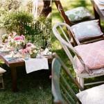A festa de casamento combina com o jardim