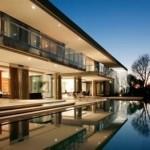 Casa de andar com piscina e vista panorâmica (Foto:Divulgação)