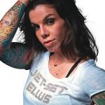 A tatuada Penelópe Nova está sempre acescentando mais algumas (Foto:Divulgação)