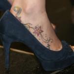 Tatuagem no pé de Joss Stone (Foto:Divulgação)