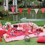 Piquenique inspira a decoração de festa infantil.