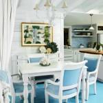 Azul e branco são cores recorrentes no estilo