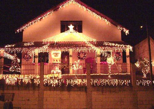 Decoração de Natal com luzes delicadas e diferenciadas (Foto: Divulgação)