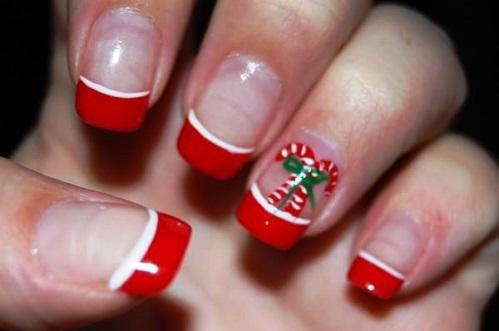 Unhas decoradas para Natal com francesinha vermelha (Foto: Divulgação)