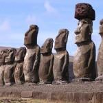 Esculturas na Ilha de Páscoa (Foto:Divulgação)