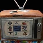 Bolo com formato de televisão (Foto:Divulgação)